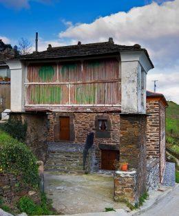 Casa de Aldea Toureye
